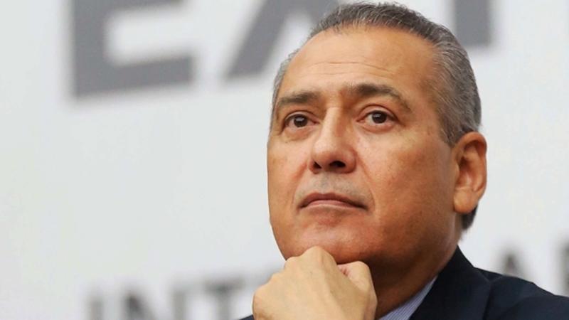 Beltrones se asocia con ex legisladores del PRI