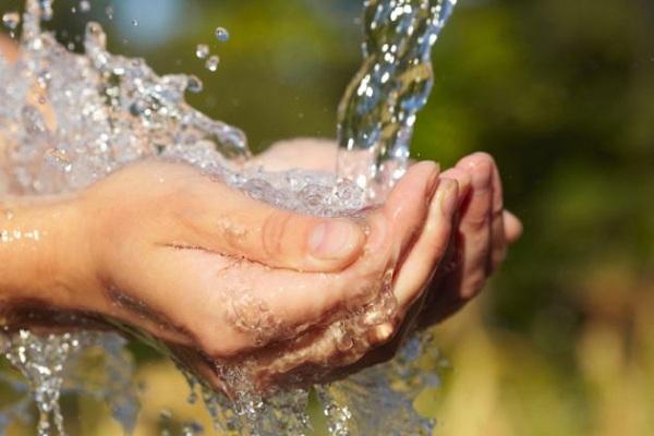 Desde el Congreso debemos garantizar el acceso al agua a todas las personas: R. Durón