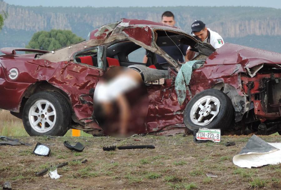 Brutal carreterazo con 6 muertos en Rincón