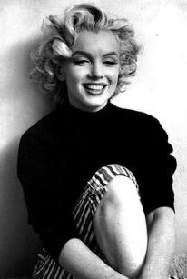Cabello y vestidos de Marilyn Monroe, a subasta