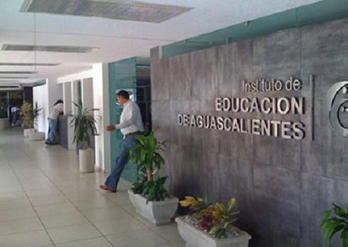 """Habrá auditorías al IEA """"aunque no haya irregularidades"""": J. Morquecho"""