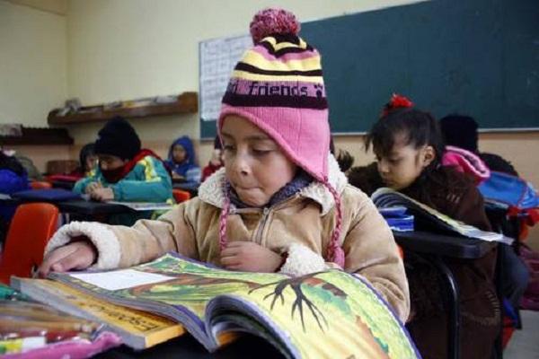 No habrá cambio de horario en las escuelas por bajas temperaturas