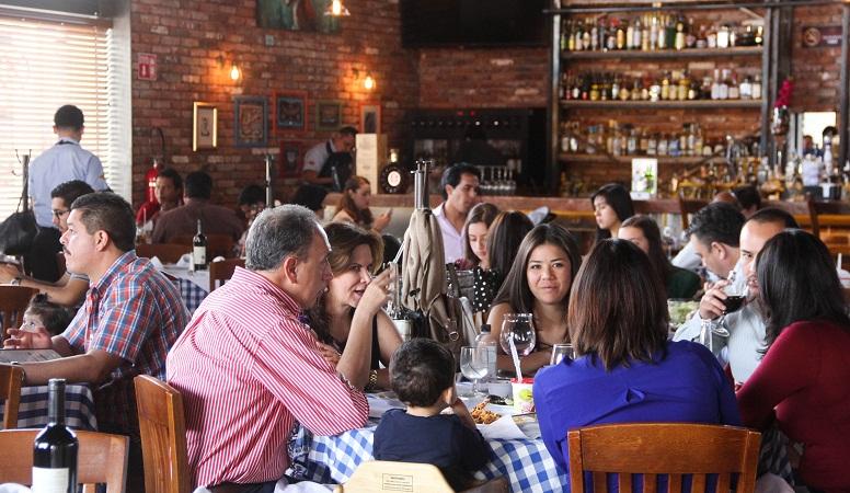 Restaurantes, comercios y prestadores de servicios, premiarán a votantes en Ags