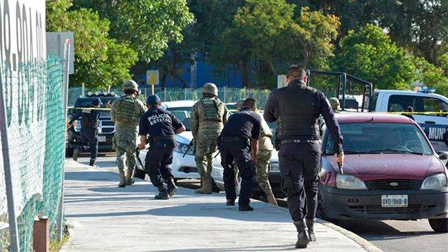 Comando entra a balazos a fiscalía de Quintana Roo