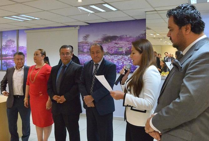Promete Tere Jiménez dar facilidades a proyectos del sector automotriz en Ags.