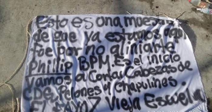 Con narcomantas, los Zetas se adjudican ataque en bar de Playa del Carmen