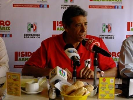 Incomoda a Isidoro Armendáriz pleito entre priistas de Aguascalientes