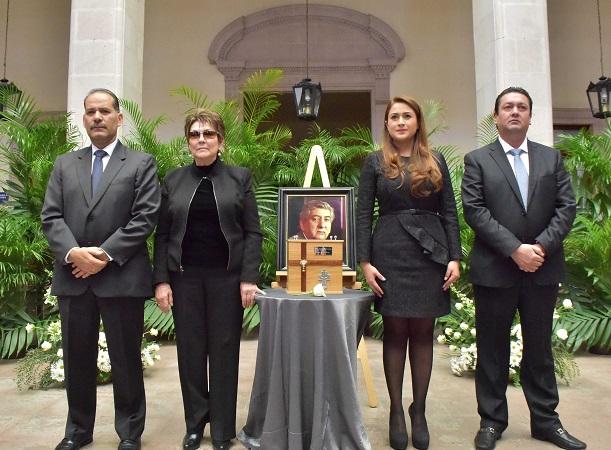 Brinda el MuniAgs homenaje póstumo al ex alcalde Héctor del Villar