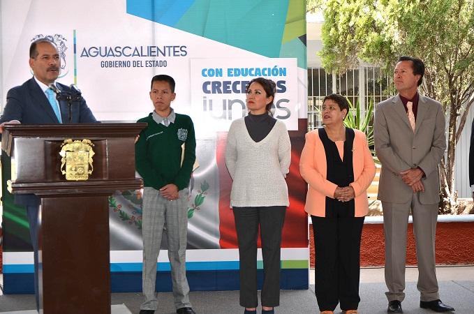 Supervisa MOS obras de infraestructura educativa en Secundaria de Ags.
