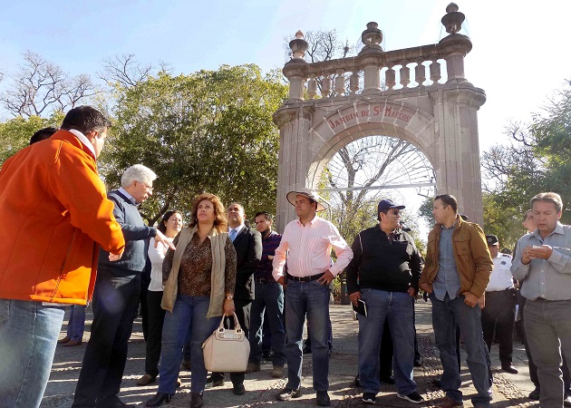 Supervisan autoridades municipales el perímetro de la Feria de San Marcos