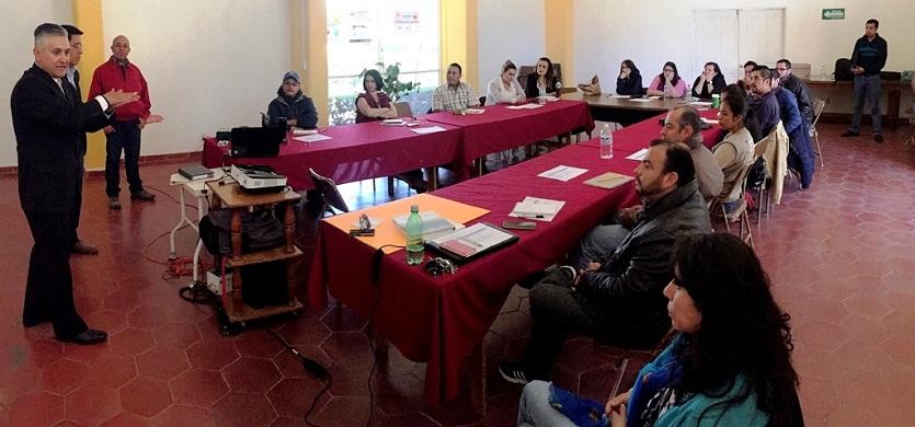 Capacita la SMAE a 25 nuevos educadores ambientales