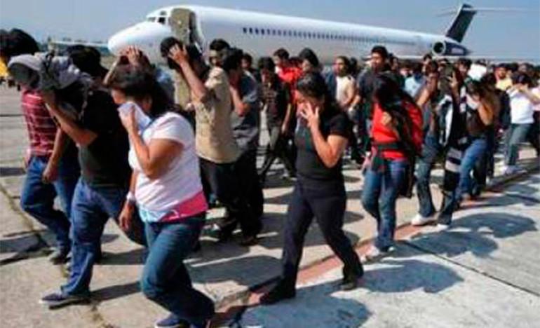 Inundan los migrantes consulados mexicanos