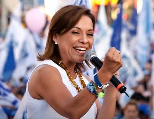 Josefina Vázquez Mota se registró como precandidata del PAN a la gubernatura del Edomex