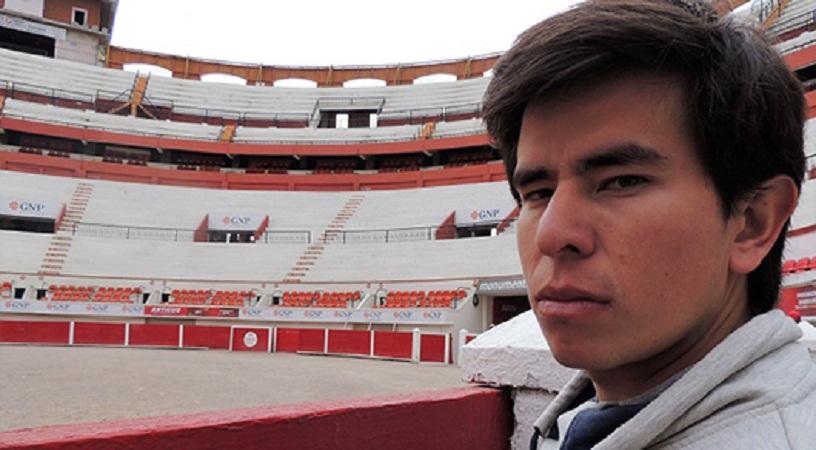 Novillero ecuatoriano Julio Ricaurte se prepara en la Academia Taurina de Ags.