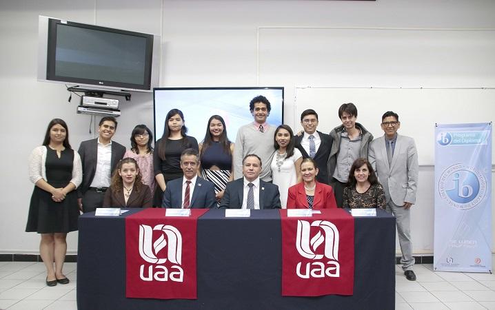 Entregan reconocimientos a egresados del Bachillerato Internacional de la UAA