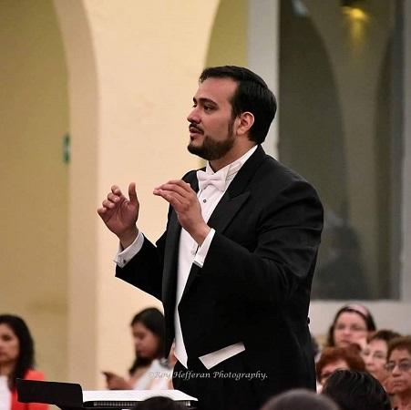 Rodrigo Sierra Moncayo dirigirá 5° Concierto de la OSA