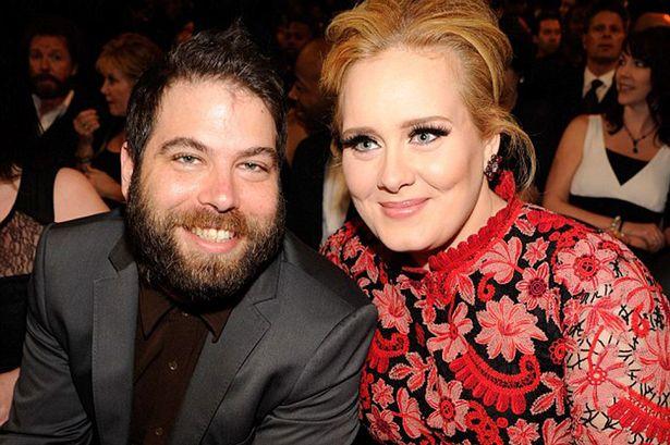 Confiesa Adele que está casada