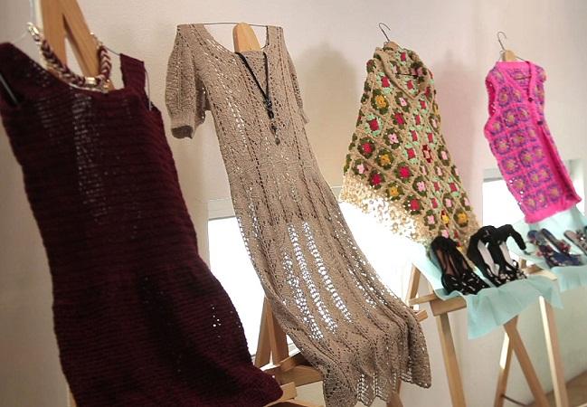 Imparte IMAC talleres de tejido para mujeres de Ags.
