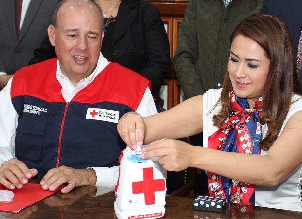 Dona el MuniAgs 150 mil pesos a la Cruz Roja
