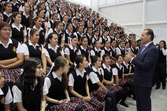 Entrega Gob-Ags obras a la Escuela Normal de Ags. por 12 mdp