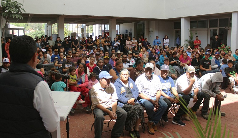 Entregan apoyos para mejoramiento de vivienda en Pabellón