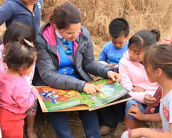 Promueve MuniAgs hábito de la lectura con biblioteca viviente