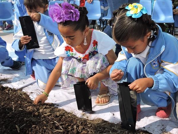 SEBIDESO difunde los huertos familiares a niños de preescolar