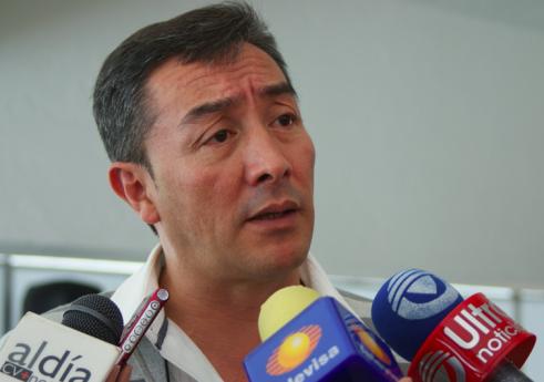 Carlos García Villanueva opina del aborto como si tuviera matriz: SerGay