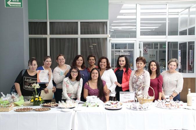 Concluyen cursos de lácteos, panadería y elaboración de dulces y chocolates en la UAA