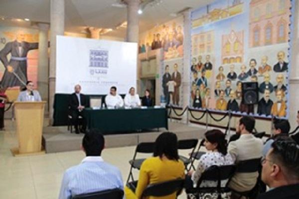 Universitarios presentan Primer Modelo Legislativo en el CongresoAgs