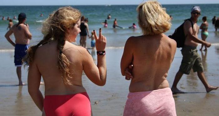 Las mujeres de Ginebra ya podrán andar con los senos al descubierto en lagos y ríos
