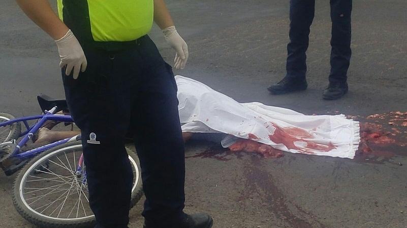 Ciclista muere arrollado por un tráiler en Jesús María