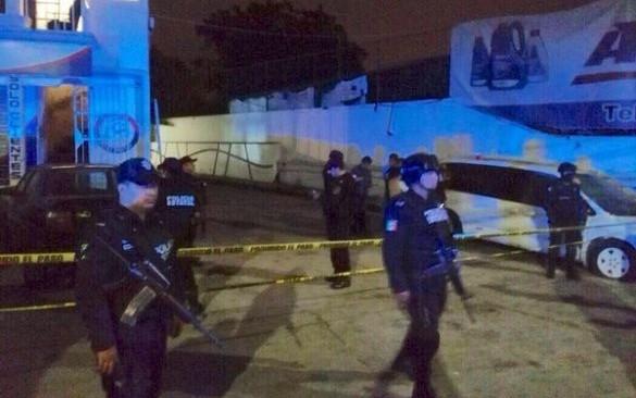 Atacan a balazos un antro en Veracruz y matan a 6 personas