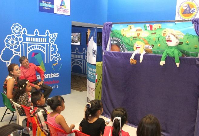 Amplia gama de actividades ofrece el stand del MuniAgs en la Feria