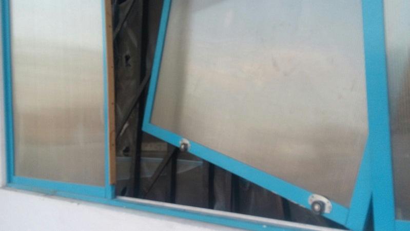 Policías municipales frustran par de robos a una escuela y a un negocio en Ags.