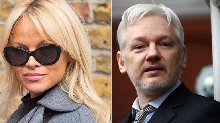 Pamela Anderson confirma relación sentimental con Julián Assange