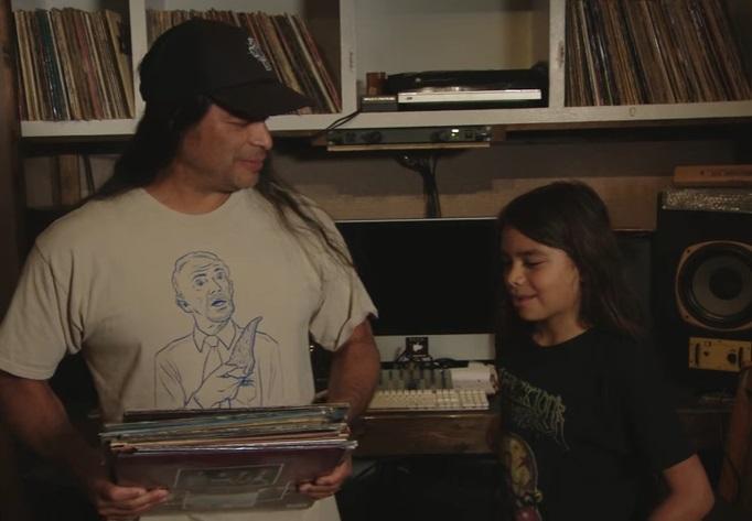 Tocará con Korn el hijo del bajista de Metallica, de 12 años