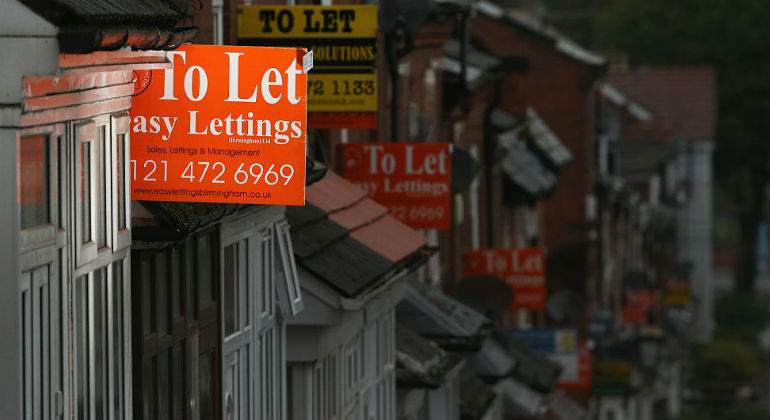 Sexo por alojamiento: la subida del precio del alquiler en las afueras de Londres explota la fórmula