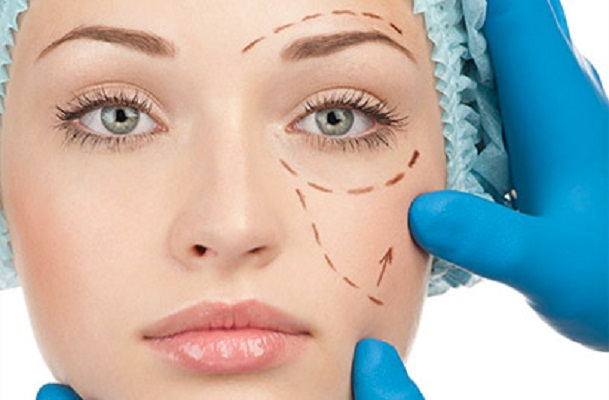 Depresión no puede ser argumento para hacerse una cirugía estética