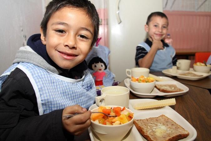 Brinda DIF Municipal desayunos gratuitos en escuelas de Jesús María
