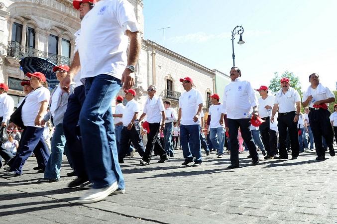 AVISO: Anticipan cierre de calles para el lunes por el Desfile del Día del Trabajo
