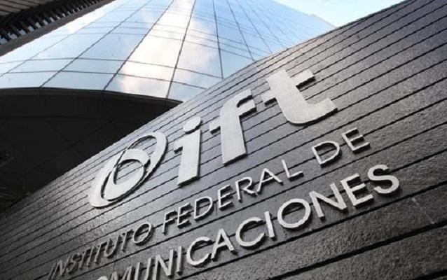 Telecom: La prostitución del PAN