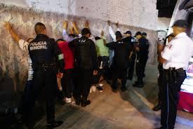 Rechaza Martínez tener información de feriante golpeado por policías