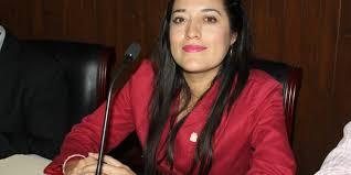 Regidora de Morena debe aclarar sueldo de asesores: Mendoza