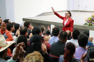Rindió su informe de actividades Citlalli Rodríguez