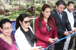 Seguirá Tere Jiménez realizando acciones en pro de la comunidad educativa de Ags.