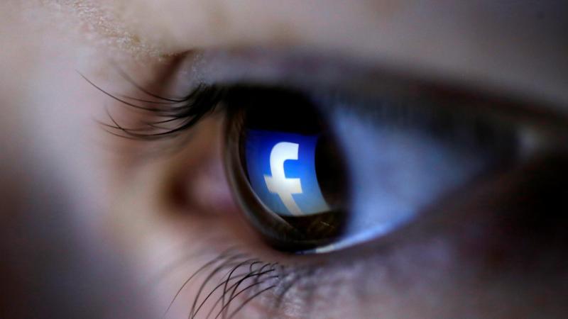 ¿Quién hace el trabajo sucio en Facebook?