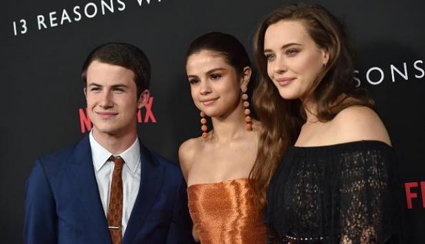 Padre culpa a Selena Gomez y Netlix por el suicidio de su hija