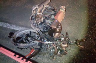 Accidente carretero deja como saldo un motociclista muerto