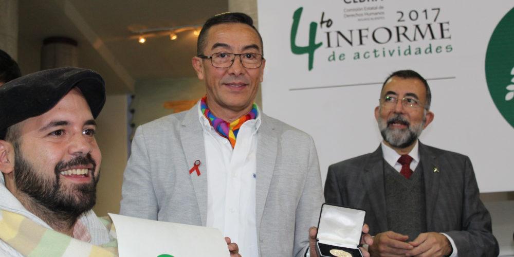 Premian a SerGay por lucha a favor de los derechos humanos
